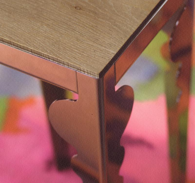 Navone Table detail